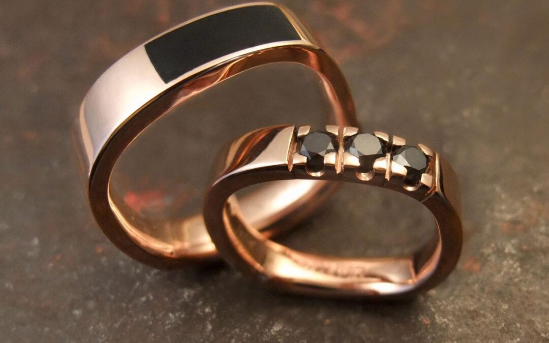 Klassiske firkantede ringe  med utraditionelle valg