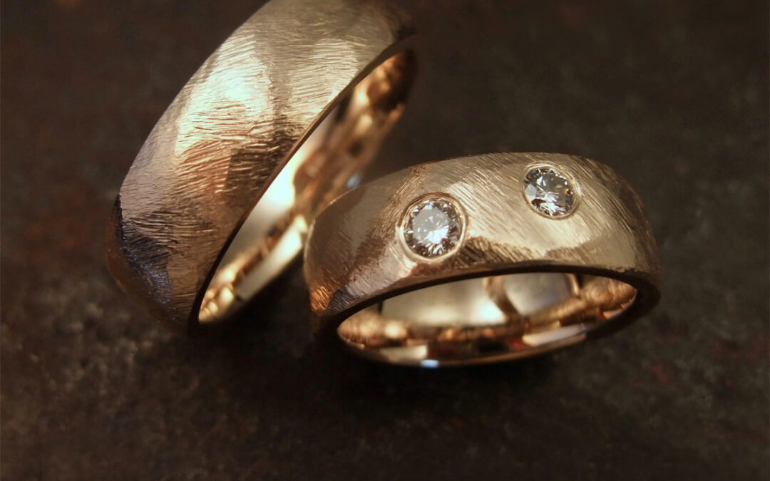 Groft filet overflade med to fine diamanter