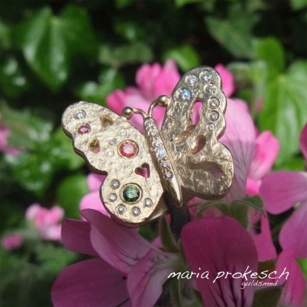 Cocktailring, sommerfugl i guld med diamanter